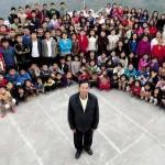 Самая большая семья в мире живет в Индии: у Зиона Чана (Ziona Chana) 39 жен, 94 собственных ребенка,…