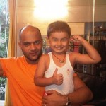 Пятилетний ребенок, которого зовут Ronak Atul Vitha, в 2,5 года решил заняться развитием тела. Его м…
