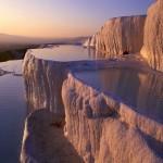 Памуккале (тур. хлопковая крепость) — природные бассейны минеральной воды с температурой примерно 35…