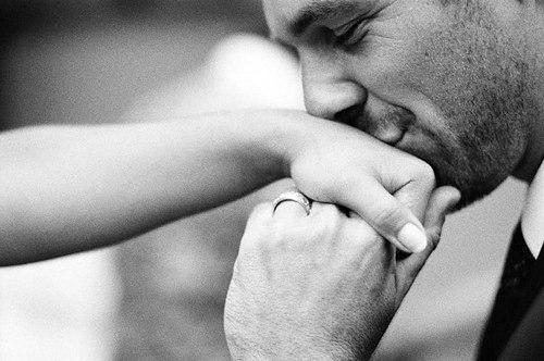 Значение целуйте бляди вам за счастье