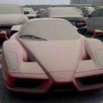 Один из легендарных суперкаров Ferrari Enzo, стоимостью более &;1 000 000, обнаружился на полицейско…