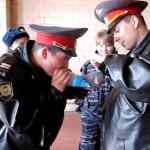 На фото от корреспондента ИФ типичные будни уфимской полиции. Как всегда, стражи порядка работают по…