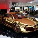 Золотая Audi R8…